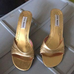 Steve Madden kitten heels